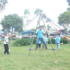 Permainan Kelompok Team Building Games Outbound